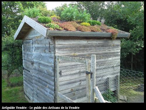 Toiture végétale sur poulailler/ 85190Beaulieu sous la Roche