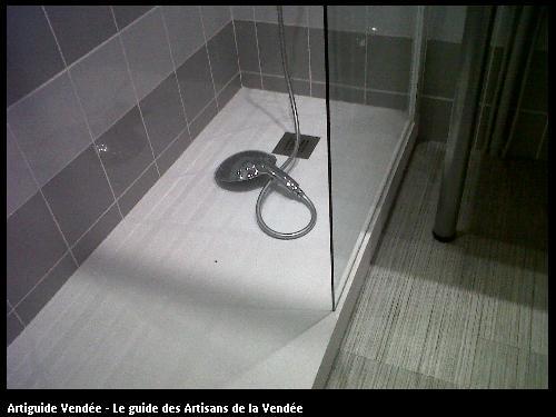 réalisation d'une salle de bain sur un chantier de rénovation