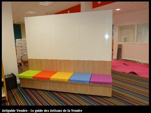 Création d'un meuble blanc pour le collège Villebois Mareuil 85607 MONTAIGU