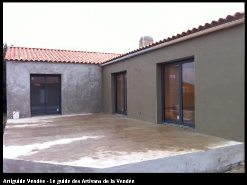 Réalisation d'une construction de maison  neuve par l'entreprise Maçonnerie Montoise basée à Notre Dame de Monts (85690) sur le secteur de Chateauneuf (85710)