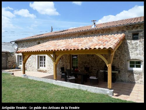 Mise en place d'un auvent (type pergolas) au May sur Evre (49)