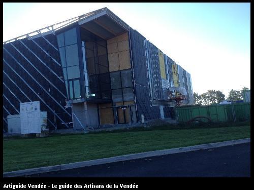 Réalisé par l'entreprise Rousse Richard, ayant ses bureaux à Saligny 85170