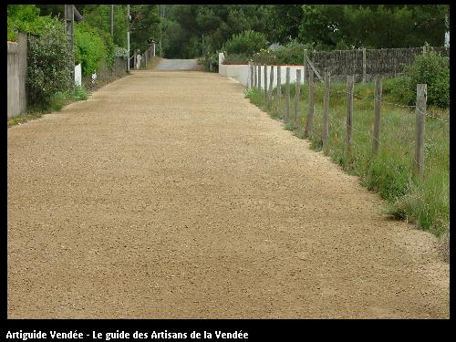 Chemin d'accès (terrassement)