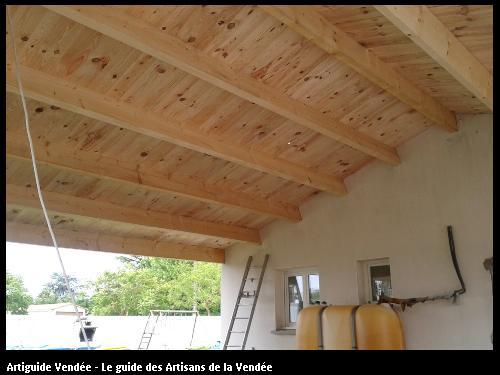 Agrandissement de la maison par la construction d'un préau, 100 m² secteur de VIX, 85770