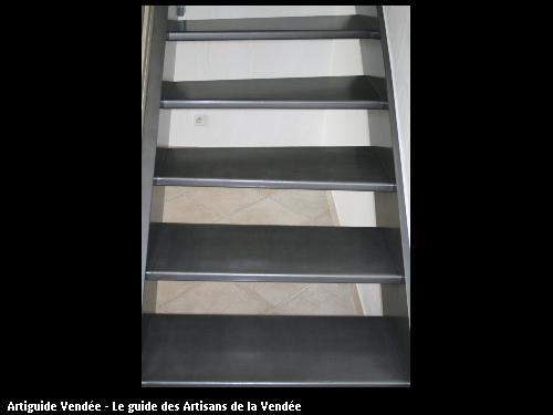 Bobin jacques peintre en batiment noirmoutier en l 39 ile for Peinture escalier beton