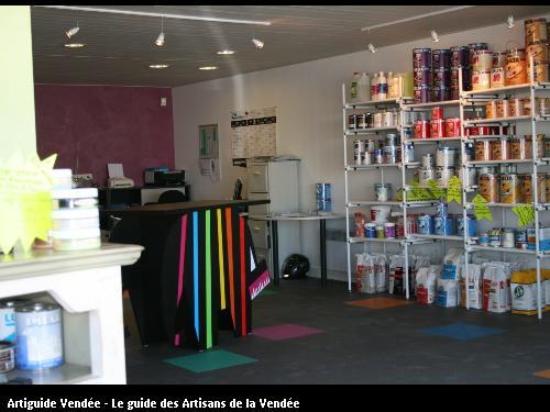 L'entreprise BOBIN Jacques SARL vous accueille dans ses locaux, 15 rue des Marais Neufs, ZA des Mandeliers,(85680) du Lundi au Vendredi et le Samedi Matin.