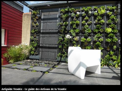 Mur d'eau, mur végétal - 85000 LA ROCHE/YON