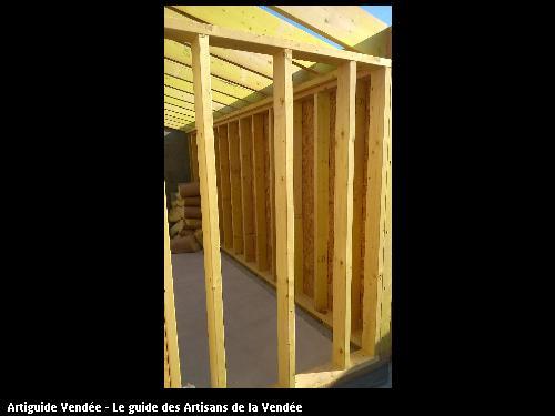 Ets FLOBOIS basé 85150 La Mothe Achard à réalisé des travaux d'ossature bois sur le secteur de Saint Georges de Pointindoux
