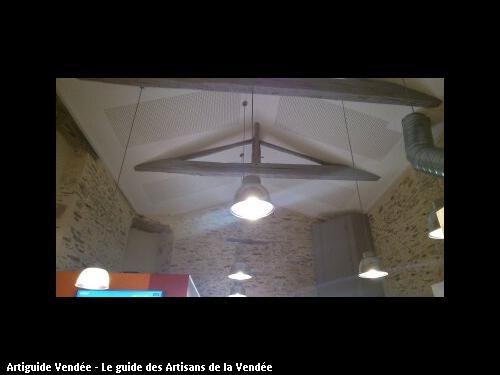 Réalisation d'un plafond plaque de plâtre perforé Pizzéria Le Phare Rouge La Mothe Achard - Ets FLOBOIS