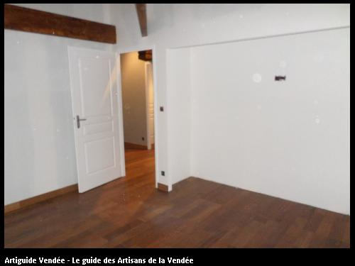 Aménagement intérieur (parquet et cloison placo) à la Bernerie en Retz (44)