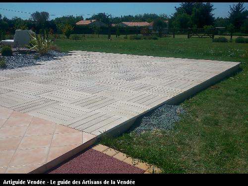 réalisation d'une terrasse en béton imitation bois à Saint du Payré