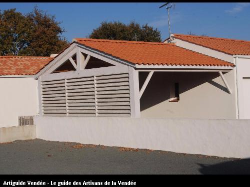 Préau réalisé par l'entreprise MILCENT HENRI ET FILS basée à SAINT HILAIRE DE RIEZ (85270)