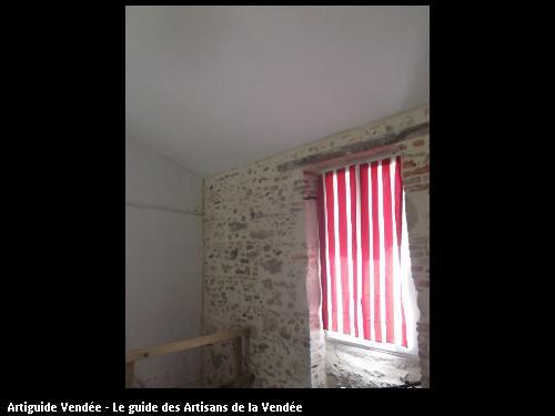 Enduit pierre apparente par l'entreprise MACONNERIE DES LANDES basée à Saint-Avaugourd-des-Landes (85540)
