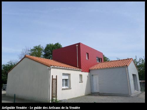 extension et réhaussement (gris lumière et rouge) - geneston(44)