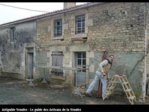 Restauration maison pour création locatif sur la commune de Maillé.