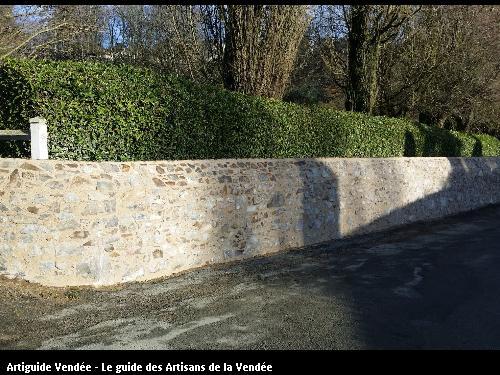 Création d'un mur en pierres vues