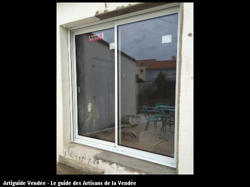 fenêtre DOMINIQUE ARNAUD
