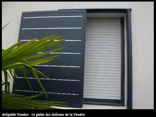Volet coulissant BONNET Didier RGE Menuiseries Cloisons sèches Charpente