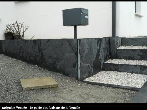 Décoration minérale entrée secteur d'OLONNE par la SARL PEPINIERES GRELIER