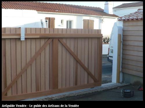 fabrication d'un portail en bois coulissant sur Noirmoutier