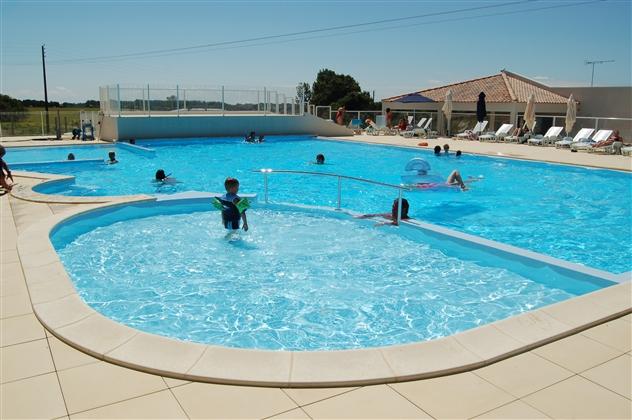 réalisation d'une piscine pour un camping