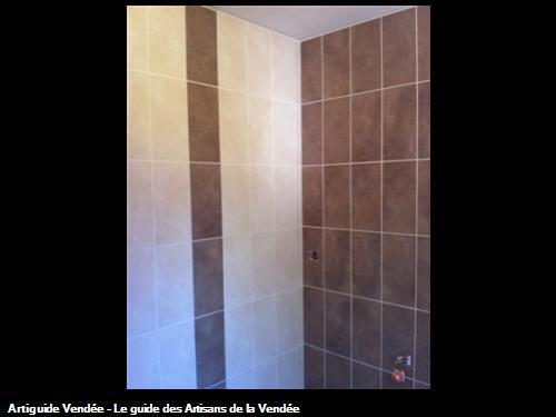 Suite carrelage mural salle de bain Luçon 85400