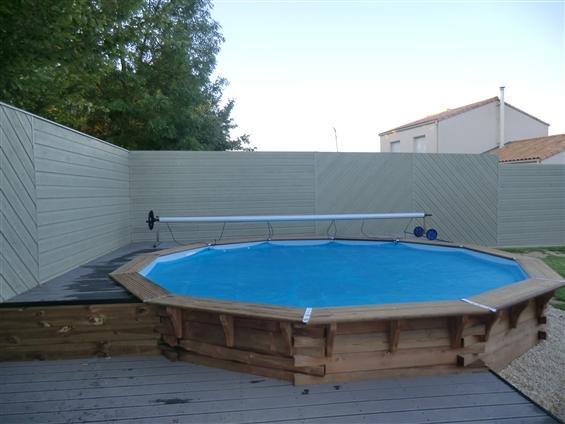 pose de piscine bois