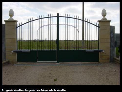 Automatisation de portail et contrôleur d'accès