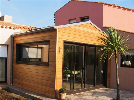 Autour du bois concept menuisier talmont saint hilaire for Agrandissement maison ossature bois
