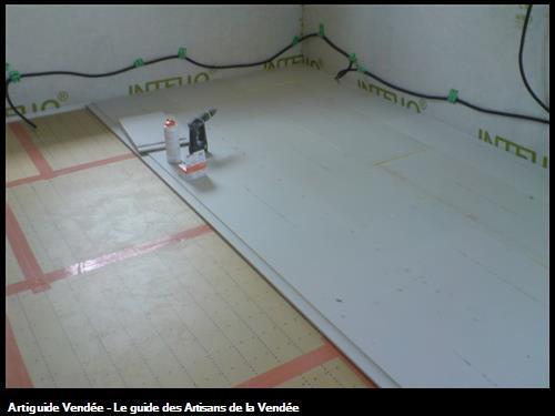 isolant de sol en tms et chape sèche fermacel dans une maison à très haute performance énergétiquehttp://maisonboishpejulienelodie.unblog.fr/