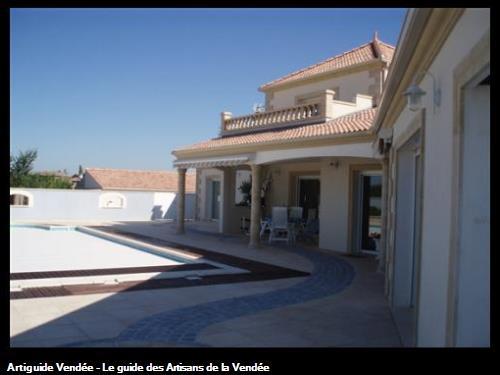 Réalisation de la maçonnerie, de l'enduit et de la couverture de la maison à Mouzeuil st Martin 85370
