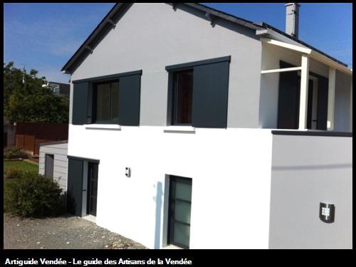 Volets coulissants sur rénovation d'une habitation aux HERBIERS
