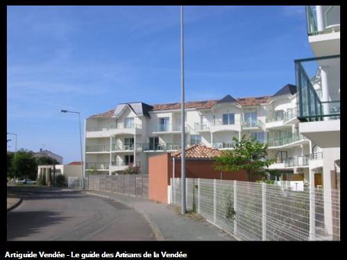 Couverture tuile et ardoise réalisé par l'entreprise Rousse Richard ayant ses bureaux à Saligny 85170