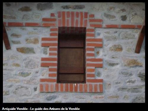 Création fenêtre habillage briques - Le Vieil