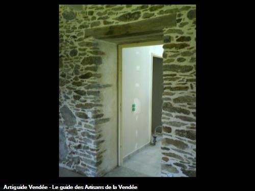 Création d'une porte dans un mur porteur en pierre