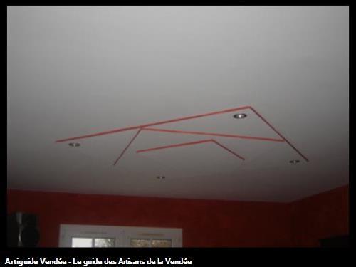 Plafond: pose de placo décoratif et mise en peinture