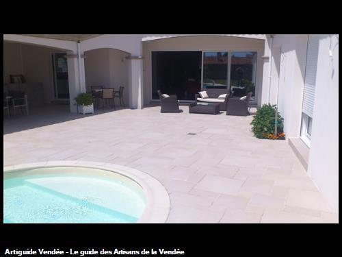 Carrelage pour terrasse et contour piscine