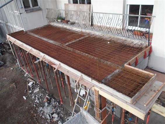 Ma onnerie des landes ma on 85540 saint avaugourd des for Construire terrasse beton