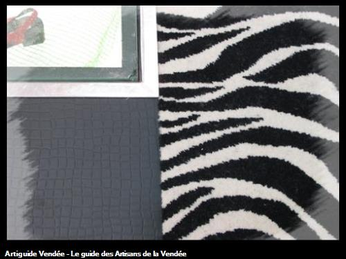 Poquette Zèbre très tendance. Permet d'habiller toutes surfaces afin de lui donner un volume et un effet visuel magnifique !