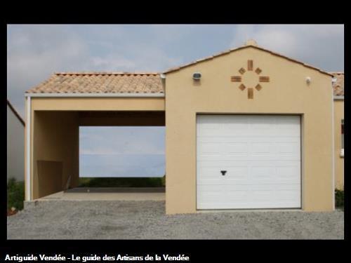 Pose d'un portail de garage sectionnel et réalisation d'un préauCommune de Sainte Flaive des Loups (85150)