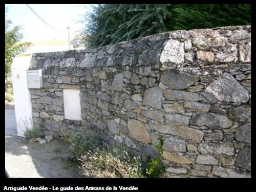 Mur de pierres Le Vieil (Noirmoutier)