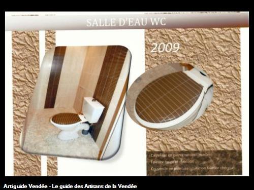 couvercle de toilette en peinture imitation faience,réalisé par l'entreprise Guy Praud SARL (Mouilleron le Captif 85000)