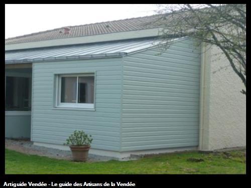Agrandissement maison par une chambre suppllmentaire en ossature bois + isolant + bardage avec menuiserie alu 85430 les clouzeaux