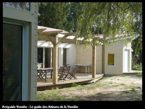 TERRASSE BOIS + PERGOLA 85150 SAINTE FLAIVE DES LOUPS