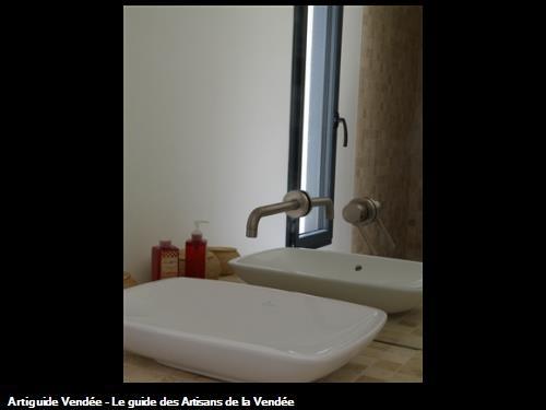 fourniture et pose d'une salle de bain sur le secteur de saint gilles croix de vie