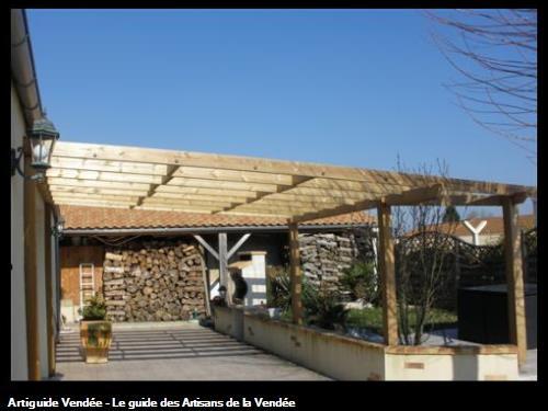Pergolas en bois traité classe 4, protection du bois par saturateur à 85700 LA POMMERAIE SUR SEVRE
