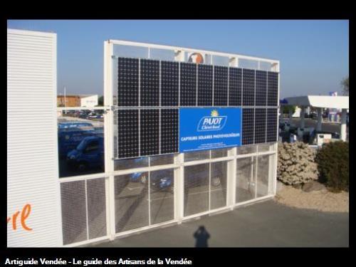 Capteurs solaire photovoltaïques (20,5 m² et 2960 Wc)