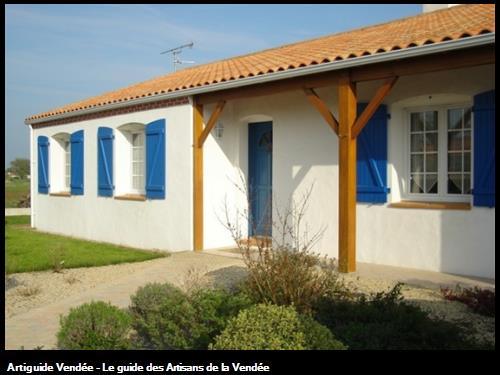 ravalement de façade et peinture des volets 85300 Le Perrier