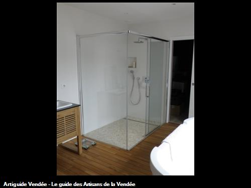 Climat uni 39 vert plombier saint gilles croix de vie - Realisation salle de bain ...