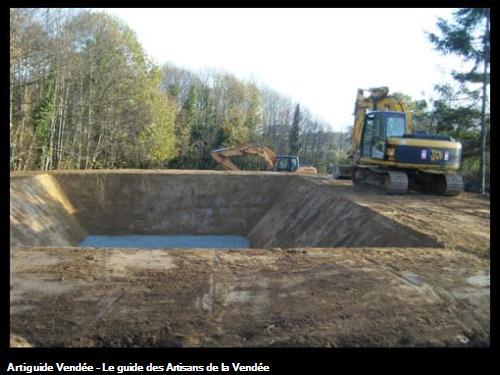 Terrassement d'une fosse à lisier géomembrane, novembre 2009
